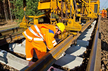 Dismantling of tracks with the track renewal machine image